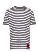 Duesday T-shirts Short-sleeved Harmaa HUGO